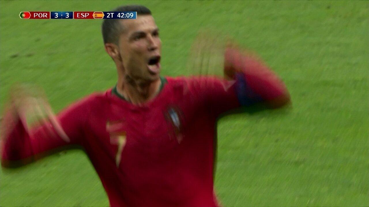 Veja o hat-trick de Cristiano Ronaldo contra a Espanha