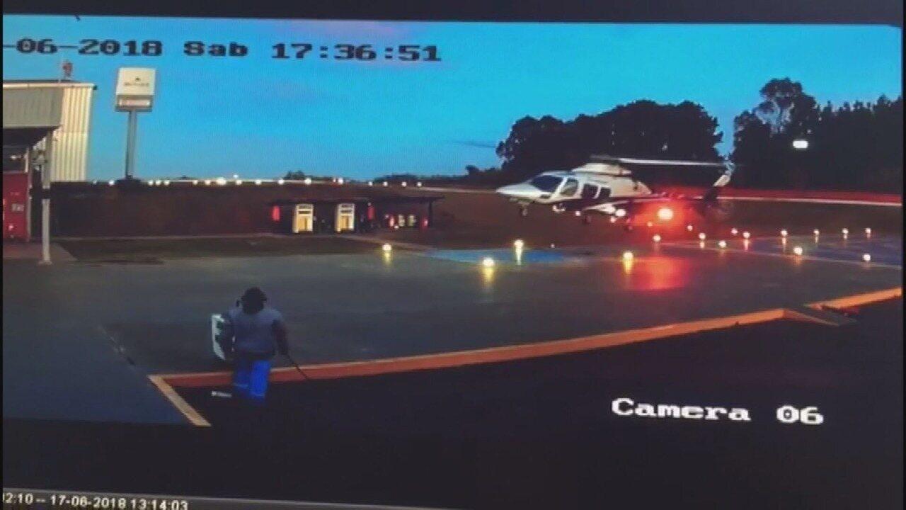 Câmera registra chegada e decolagem de helicóptero em heliponto de Nova Lima (MG)