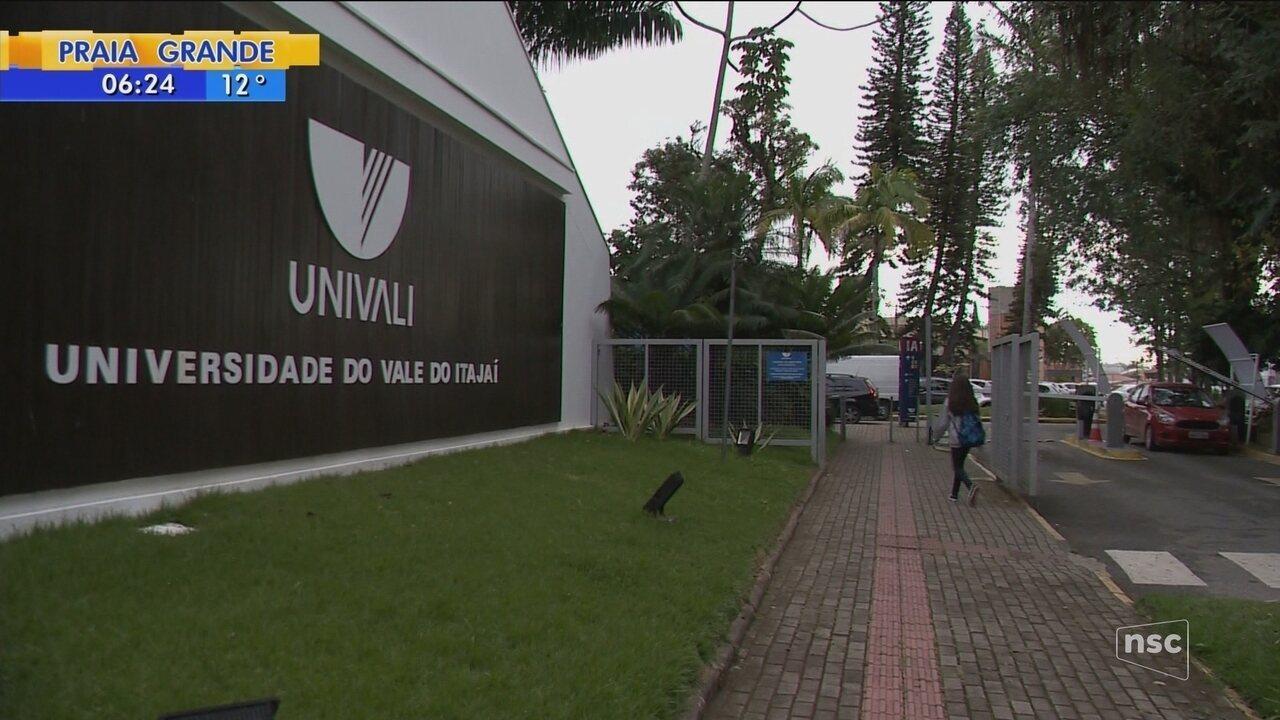 Universidade de SC demite professores por justa causa e gera polêmica