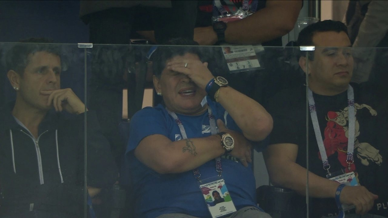 Da euforia ao desespero! As reações de Maradona na derrota da Argentina para a Croácia