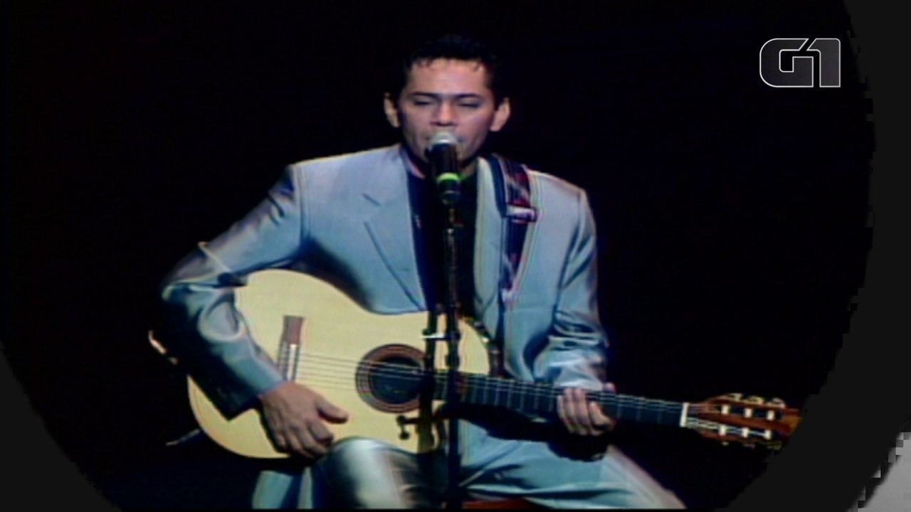 20 anos sem Leandro: relembre a carreira do cantor