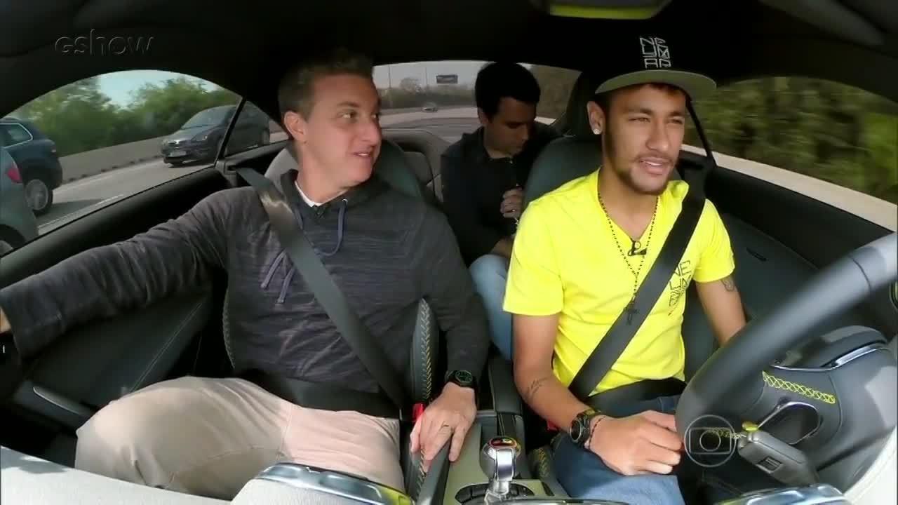 TBT: Luciano Huck visita Neymar na Espanha