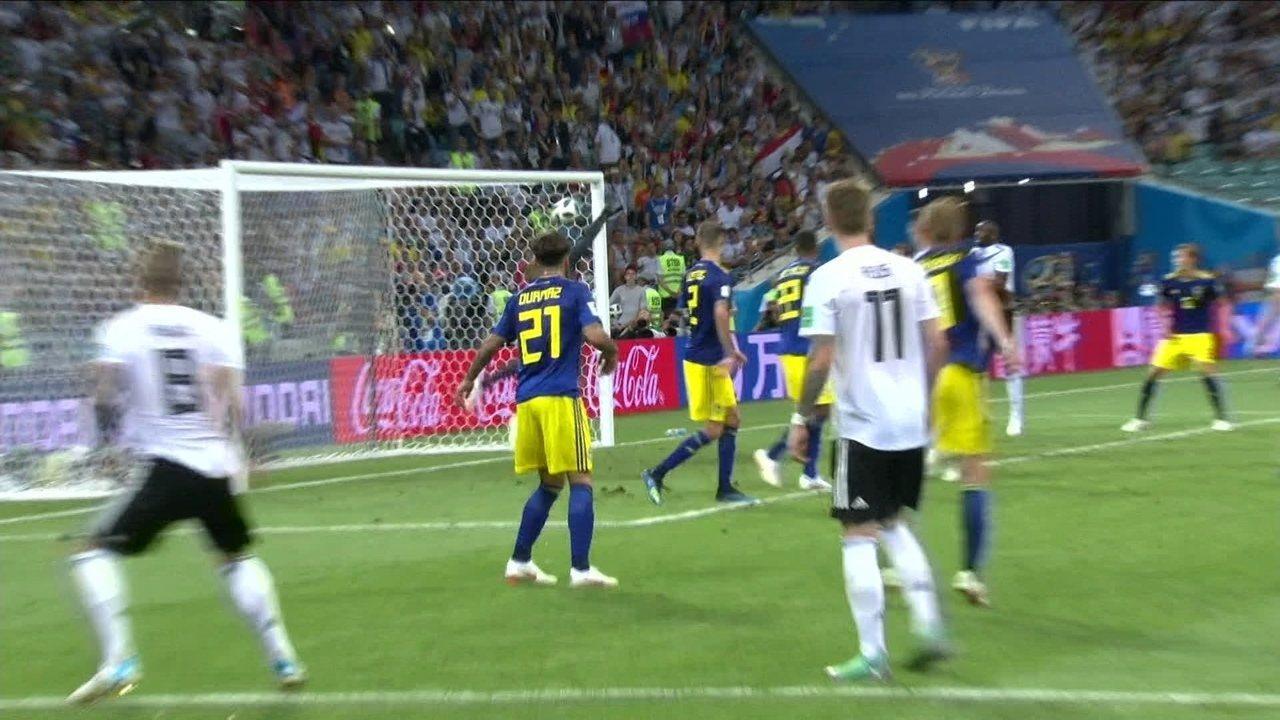 Gol da Alemanha! Kroos acerta chute fantástico e vira o jogo, aos 49' do 2ºT