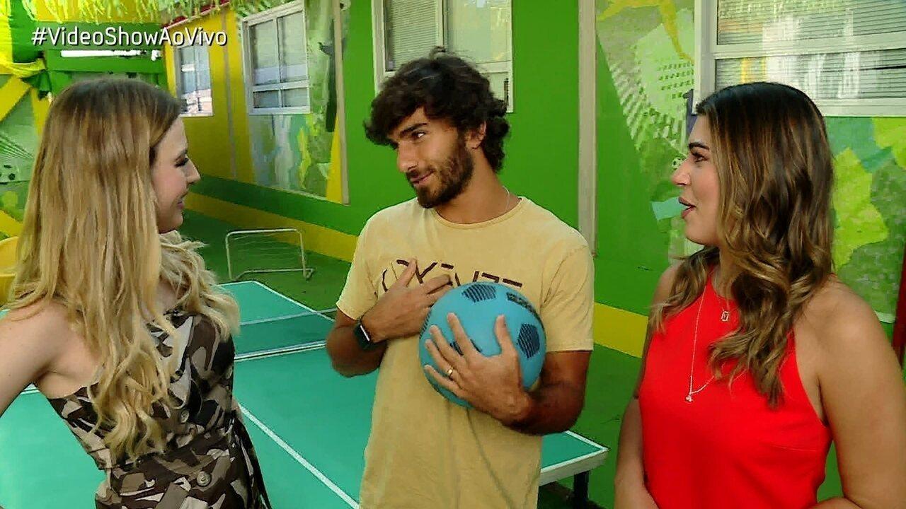 Hugo Moura conta início de relacionamento com Deborah Secco