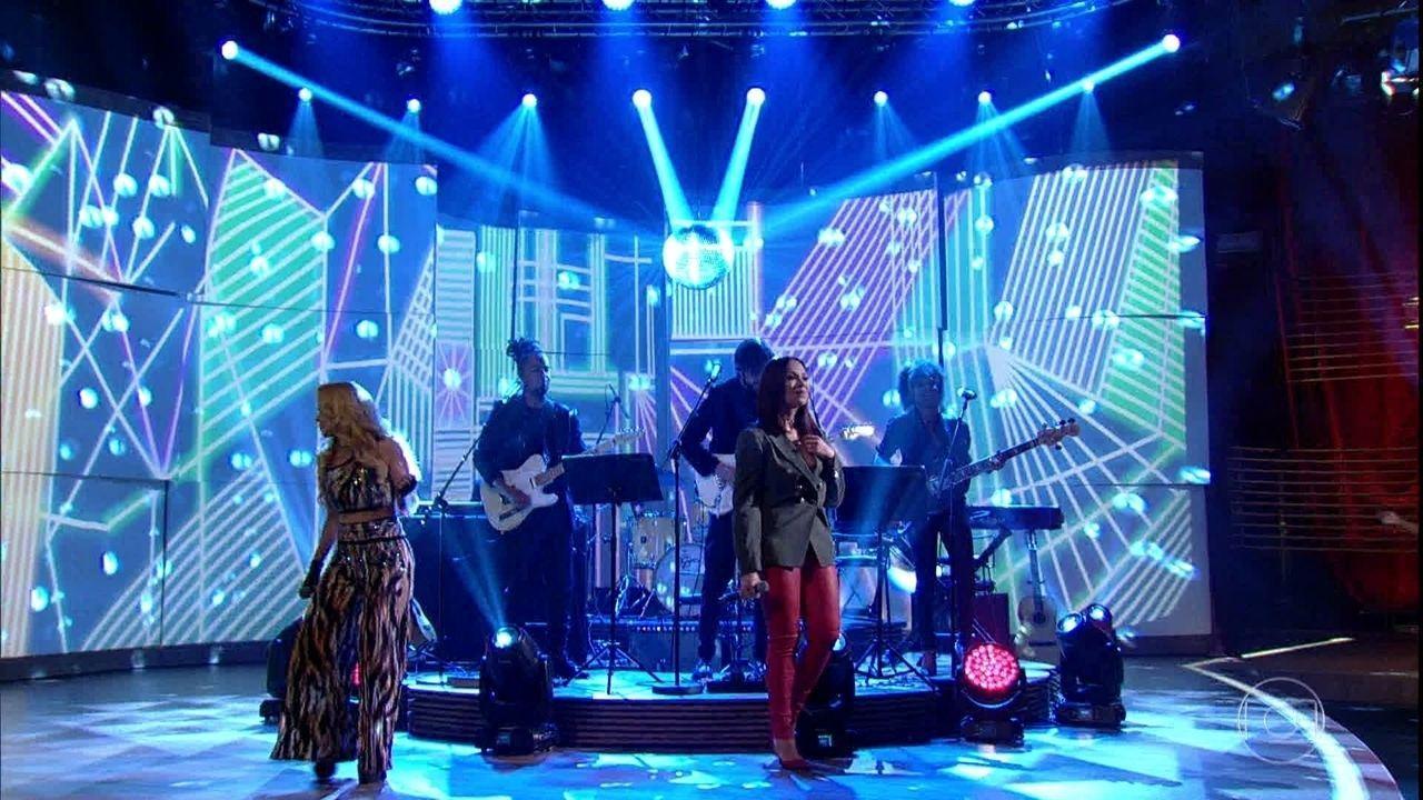 Solange Almeida e Joelma abrem 'Conversa' com muita música