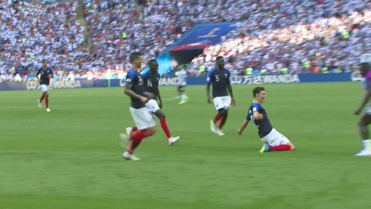 Golaço da França! Pavard chega batendo de três dedos e empata aos 11 do 2º tempo contra a Argentina