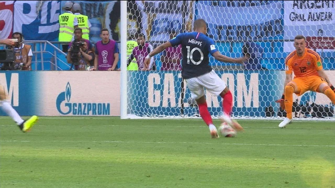 Mbappé protagoniza eliminação da Argentina, bate recorde e é parabenizado por Pelé