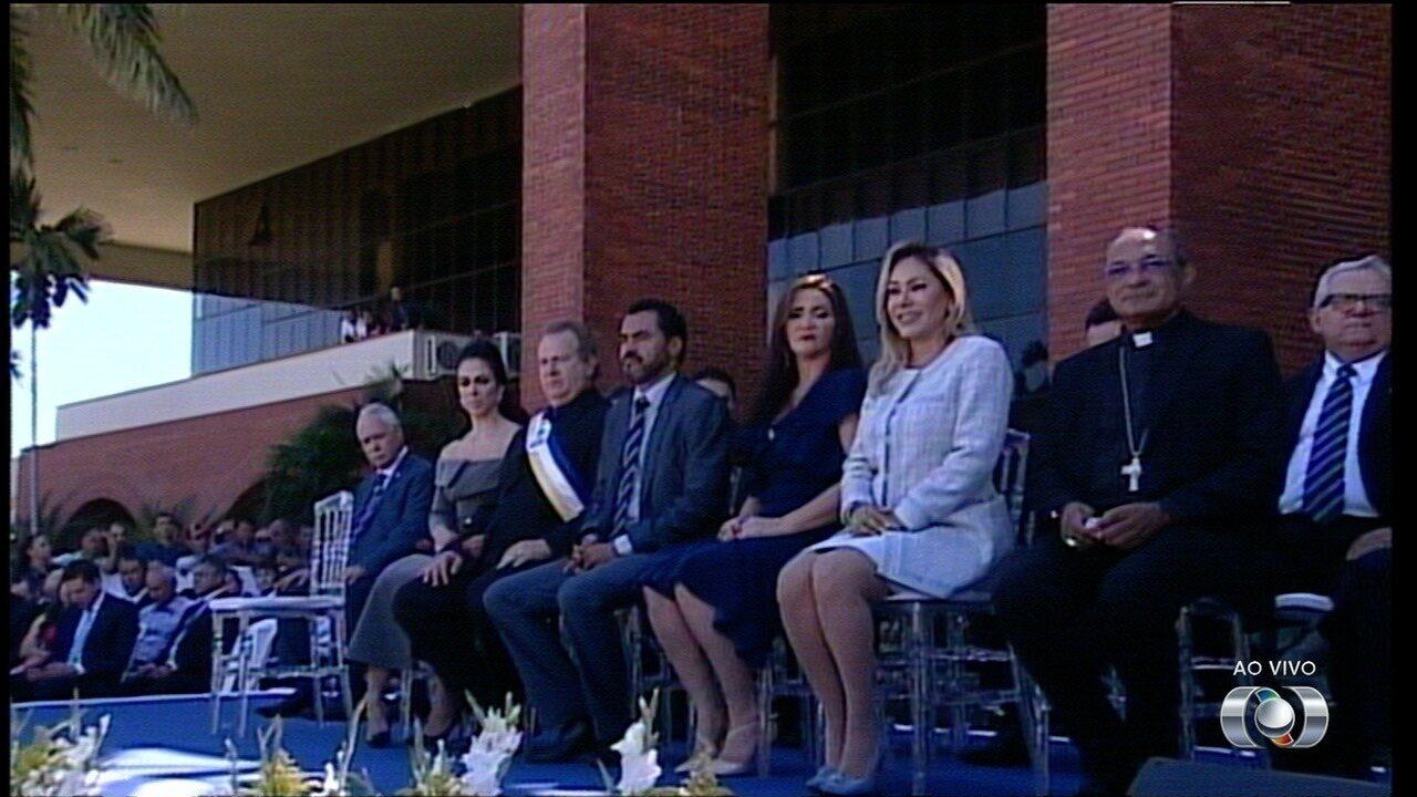 Mauro Carlesse toma posse como governador do Tocantins