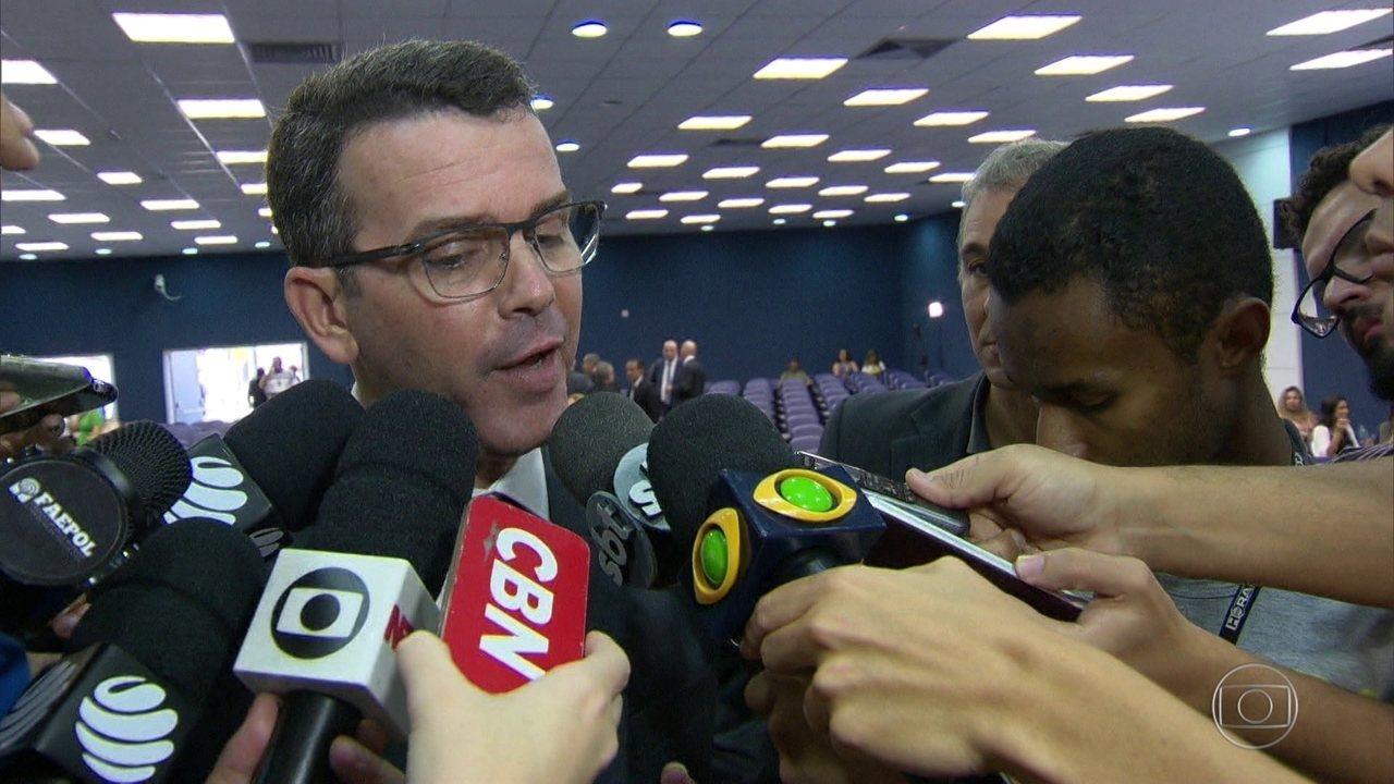 Ministério Público do Rio denuncia o chefe da Polícia Civil Rivaldo Barbosa