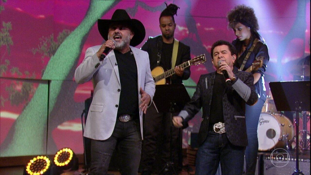 Rionegro & Solimões cantam