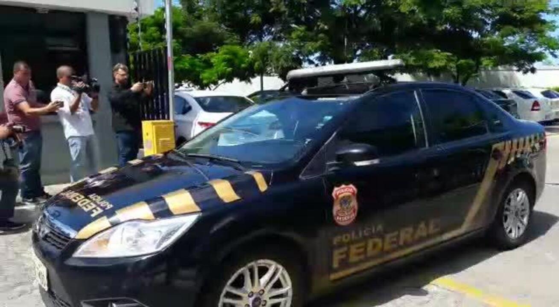 Presos saíram da sede da PF em Alagoas para fazer exame no IML