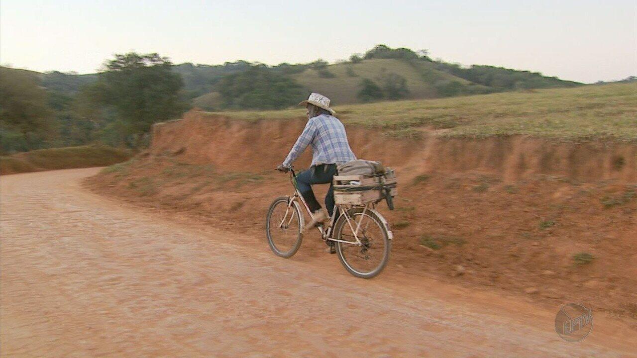 Morador da zona rural pedala 16 km para sessão de hemodiálise em MG
