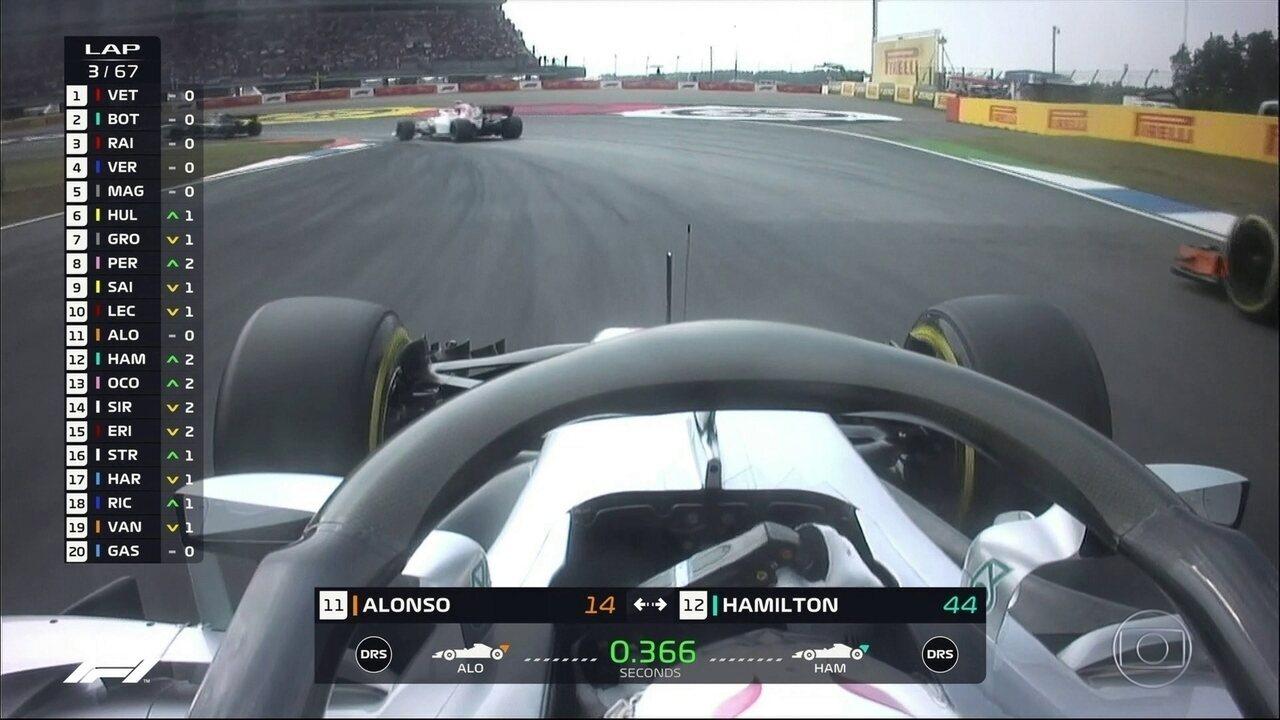 Hamilton passa que passa por Fernando Alonso no GP da Alemanha