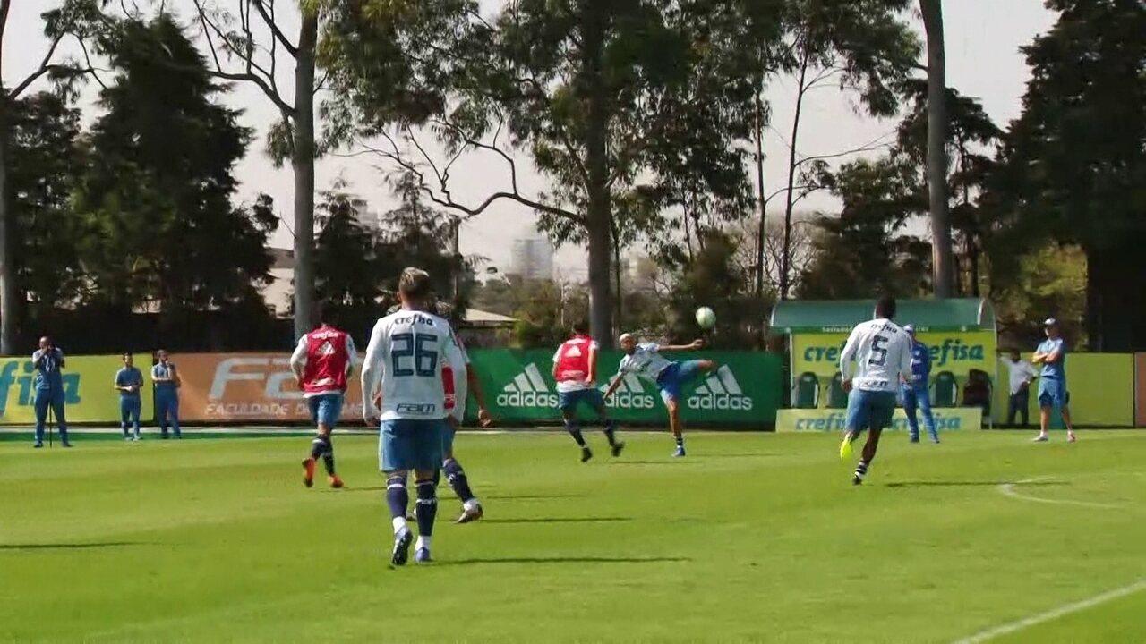 Deyverson faz golaço no treino do Palmeiras