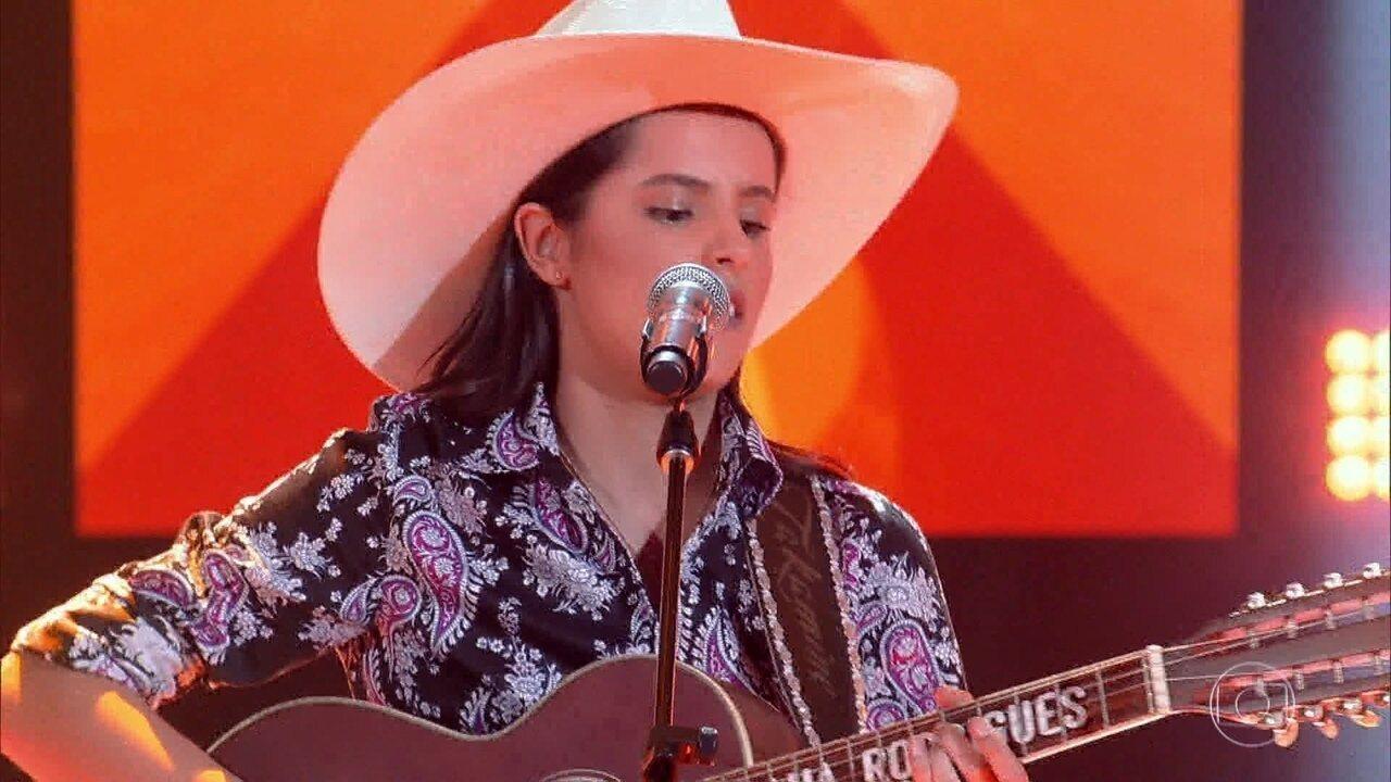 Morgana Rodrigues canta