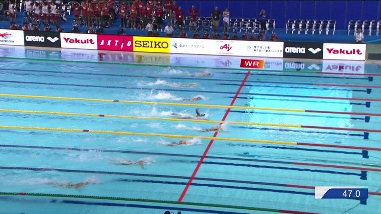 Larissa Oliveira chega na 8ª posição na final dos 100m livre do Pan-Pacífico
