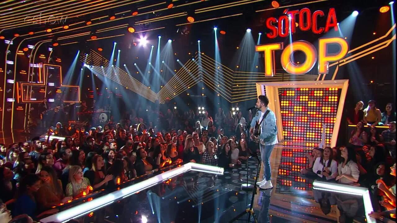 Luan Santana canta 'Acordando o Prédio' no 'SóTocaTop'