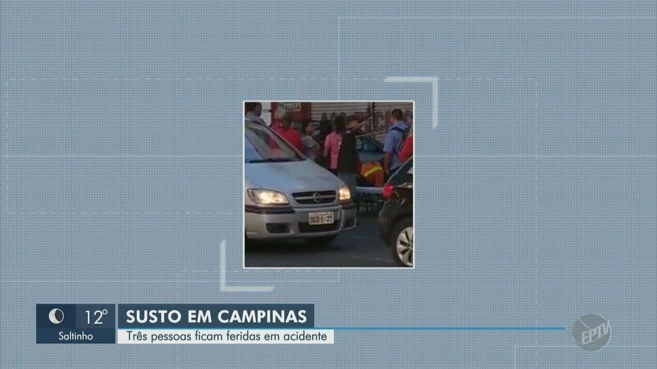 Carro invade calçada e deixa três pessoas feridas, em Campinas