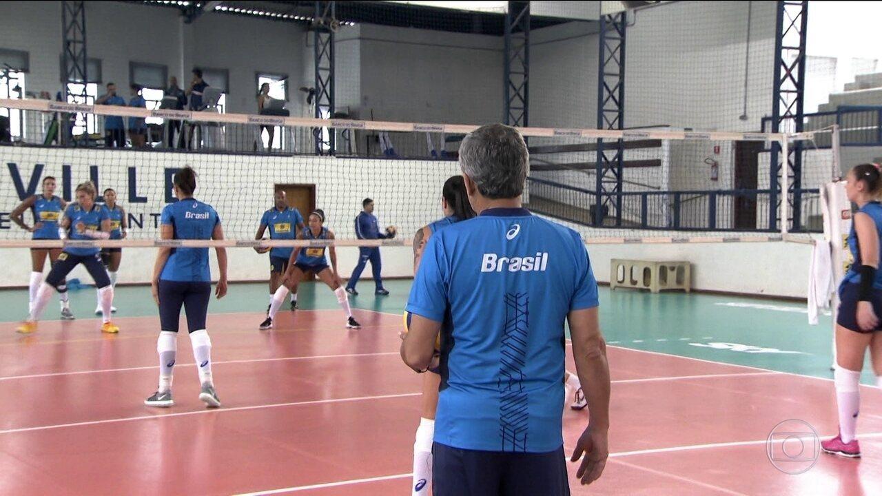Seleção brasileira feminina de vôlei vai enfrentar Estados Unidos em série de amistosos