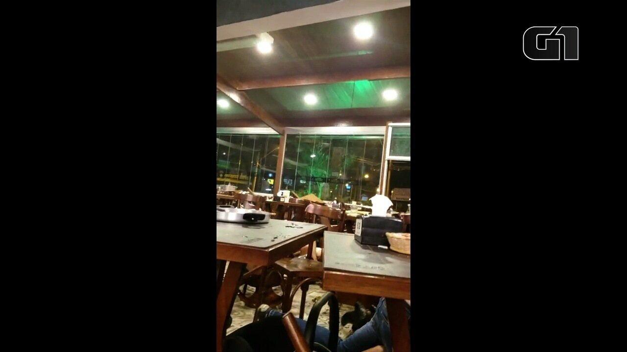 Homem atira contra bar em Goiânia e deixa clientes em pânico