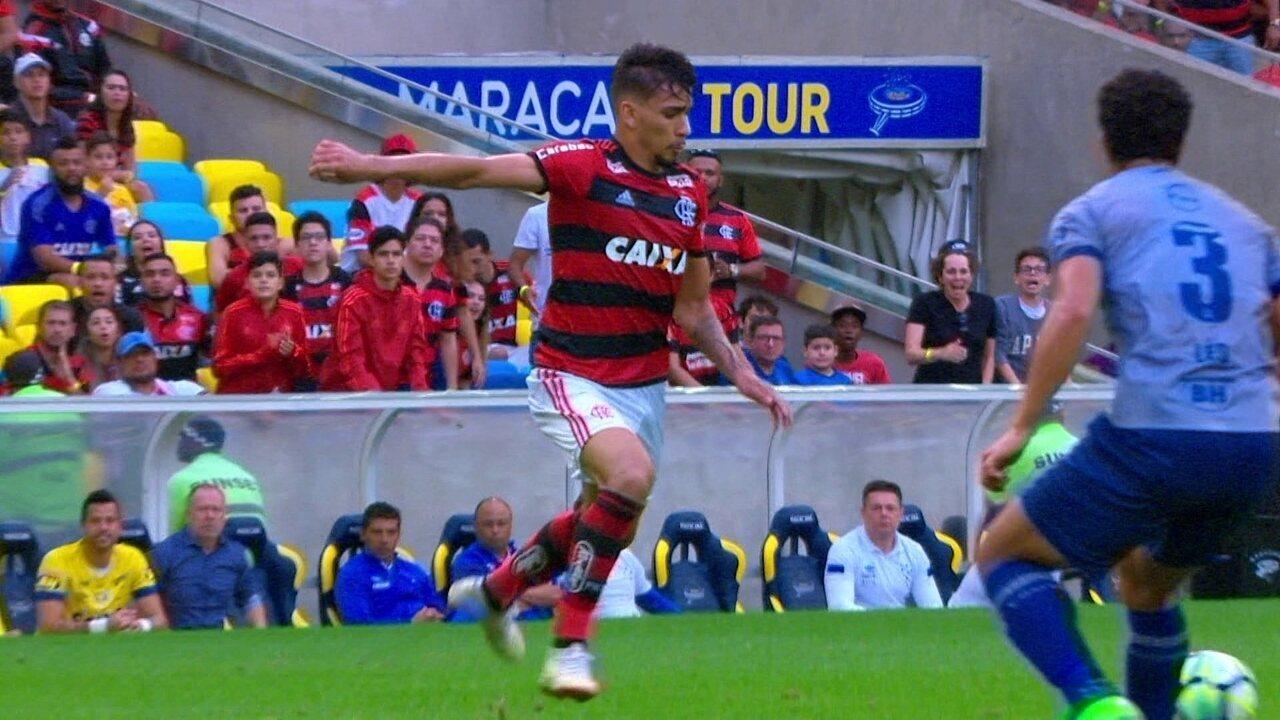Melhores momentos de Flamengo 1 x 0 Cruzeiro pela 18ª rodada do Campeonato Brasileiro