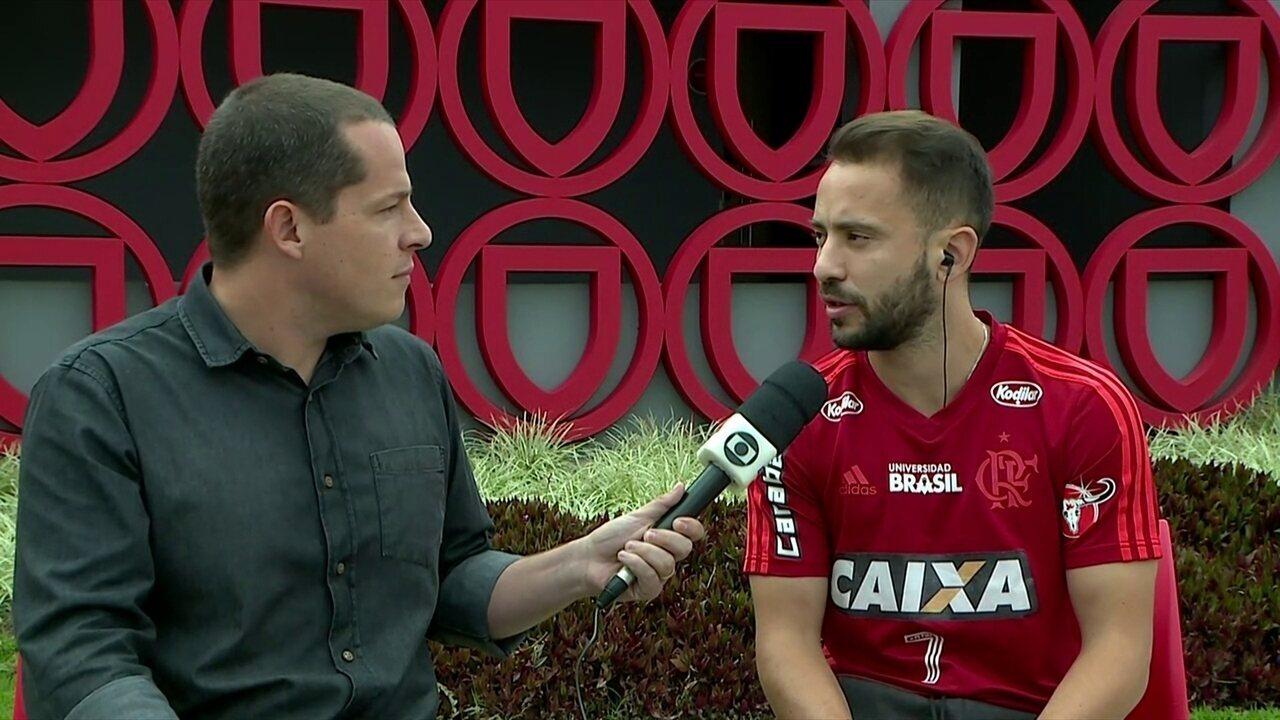 Éverton Ribeiro fala sobre classificação do Flamengo e sonho de defender a seleção
