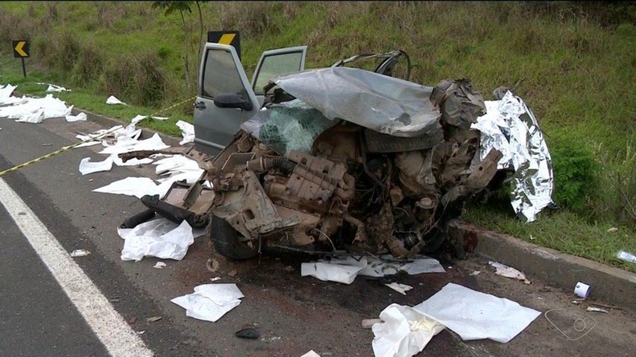 Duas pessoas morrem em acidente na BR-101, no Norte do ES