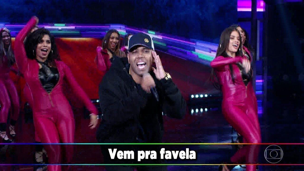 MC MM arrepia o palco com 'Só Quer Vrau'