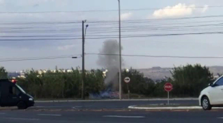 Granadas encontradas em bueiro são detonadas em região central de Brasília