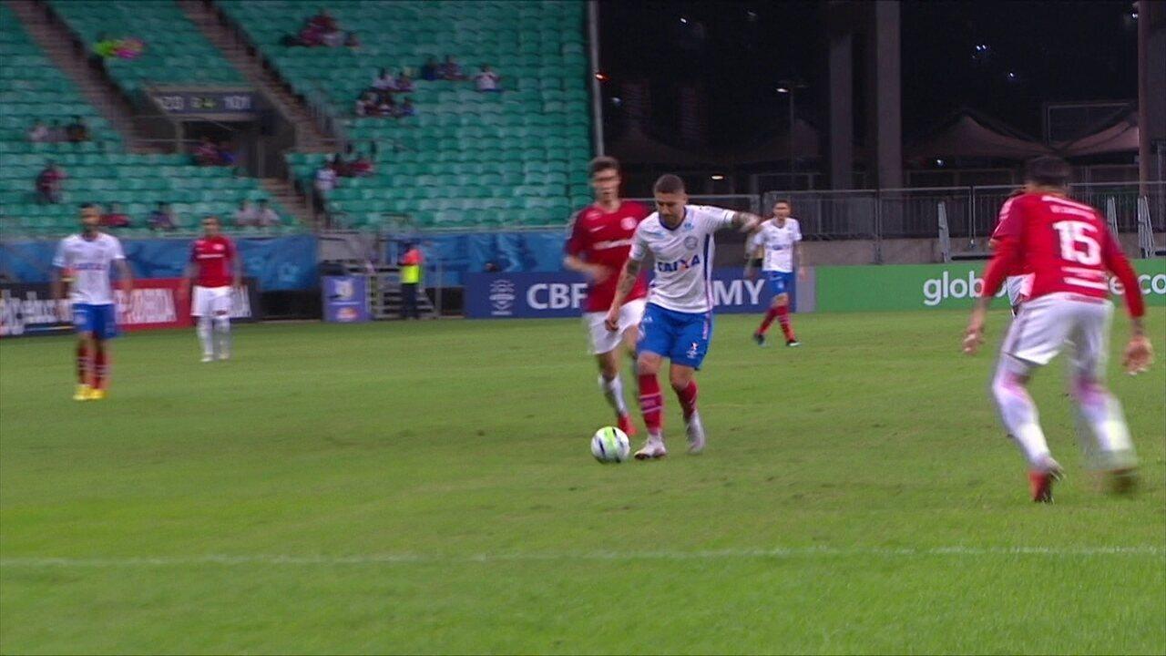 Melhores momentos  Bahia 0 x 1 Internacional pela 20ª rodada doa Brasileirão 34e6d8aa30344