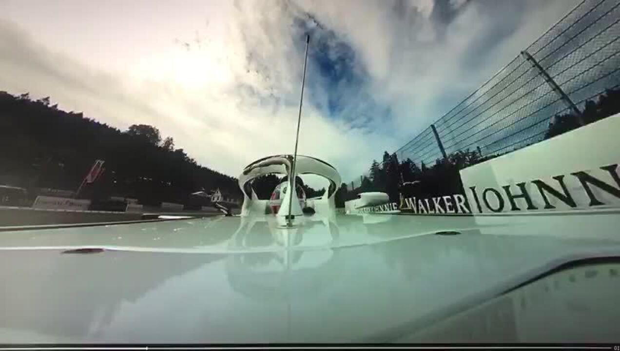 Câmera onboard de Leclerc mostra voo de Alonso na largada em Spa na Fórmula 1