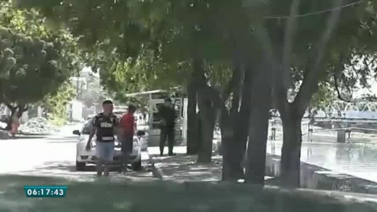 Bandido tenta escapar da polícia pulando no canal do Lagamar