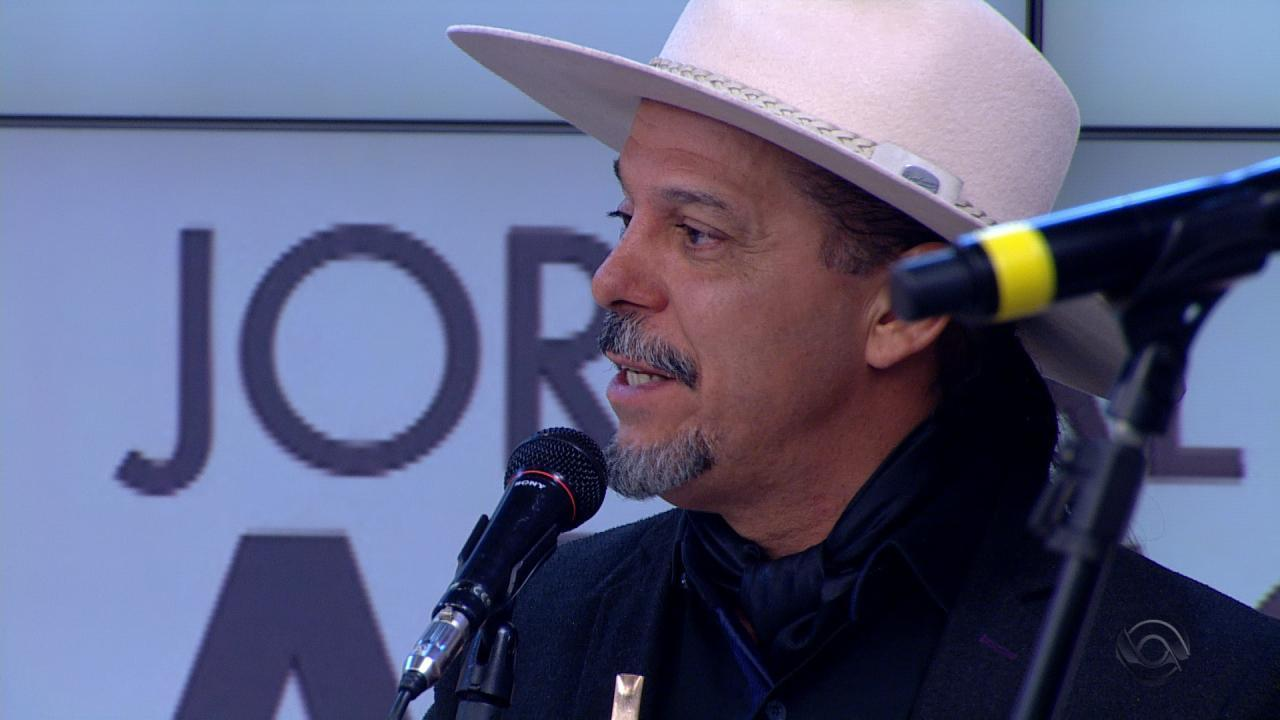 Neto Fagundes fala sobre legado de Paixão Côrtes na cultura gaúcha