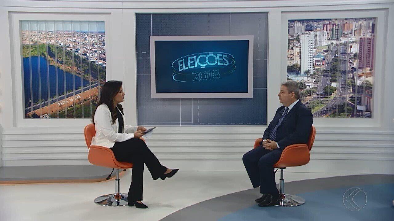 Antonio Anastasia durante entrevista na TV Integração