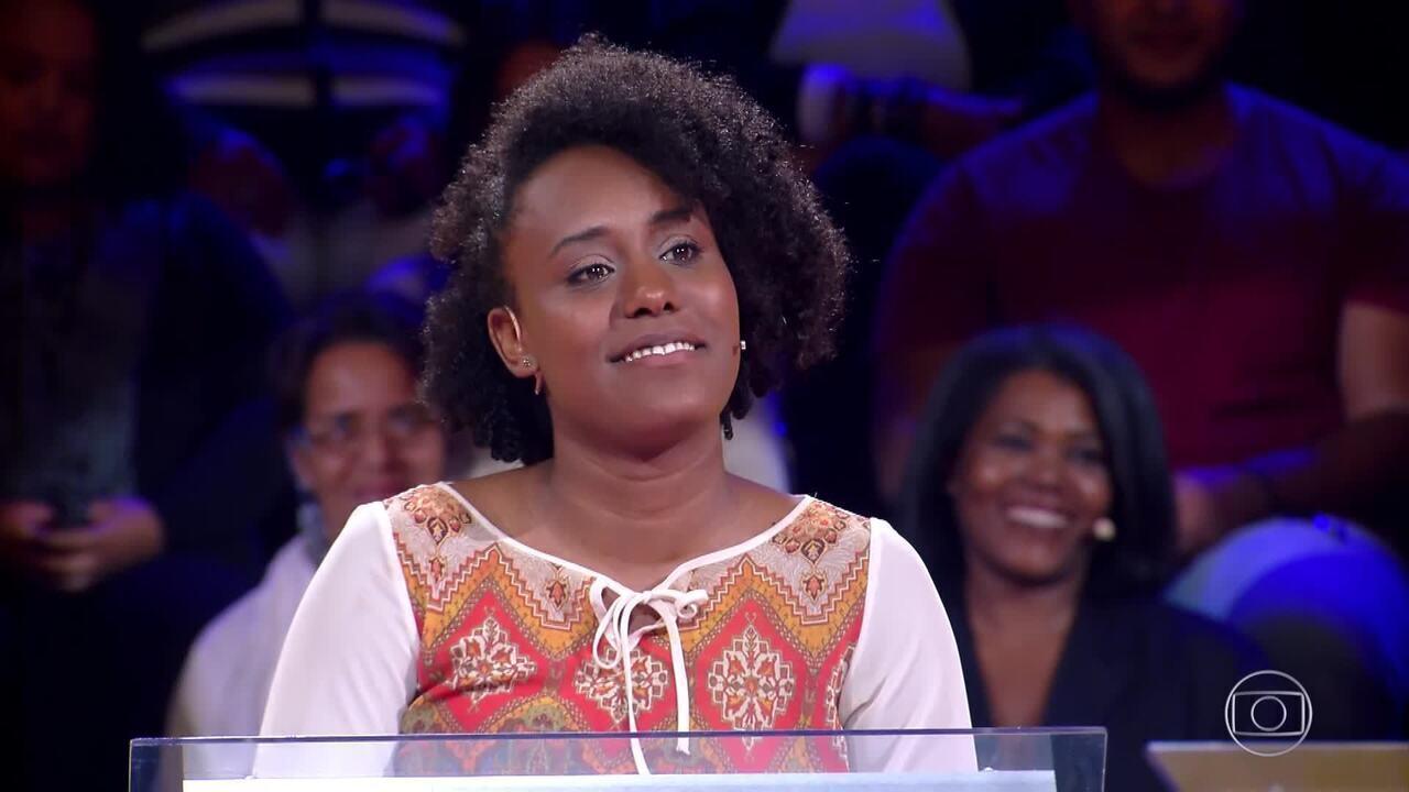 Larissa Sousa testa seus conhecimentos no 'Quem Quer Ser Um Milionário?'