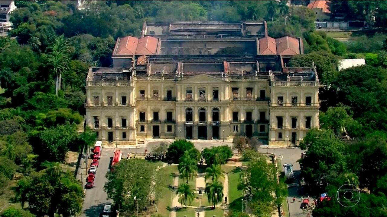 Direção do Museu Nacional ainda calcula a extensão dos prejuízos