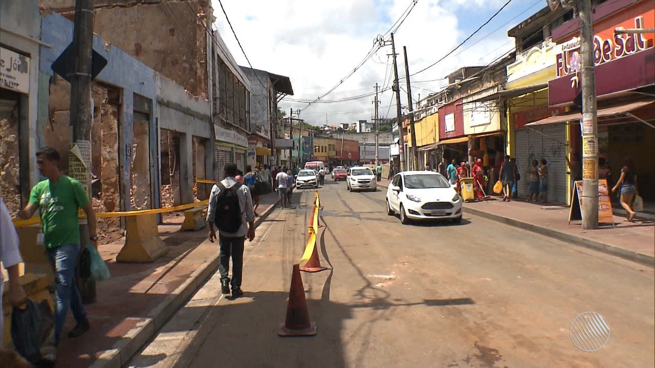Boletim BATV: trânsito é liberado após incêndio na Baixa dos Sapateiros
