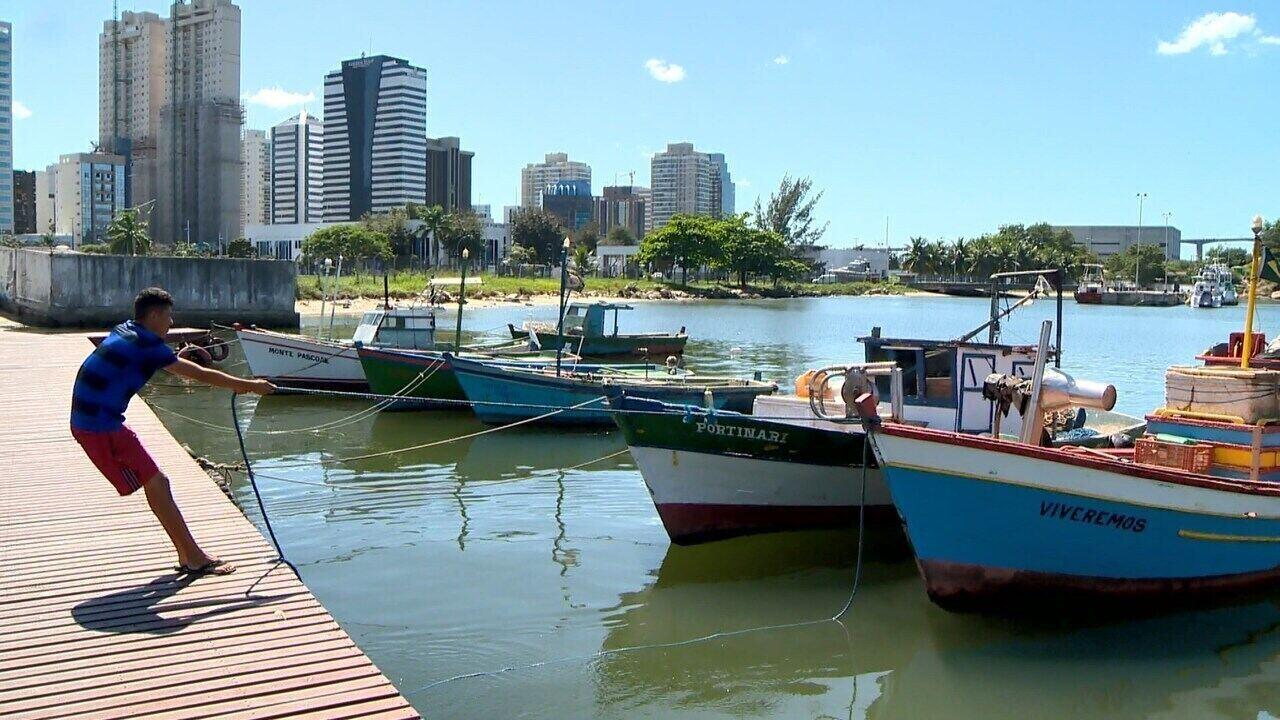 Pescador de Vitória fala sobre paixão pelo mar