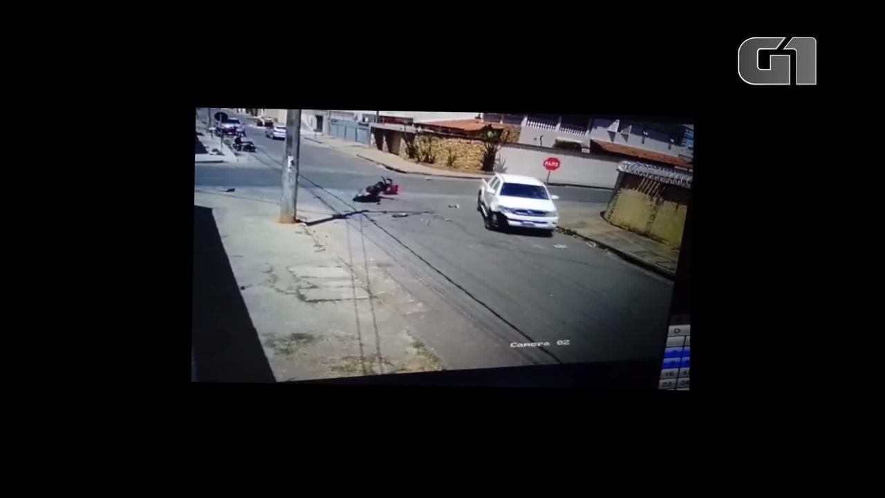 Acidente em Montes Claros deixa motociclista ferido