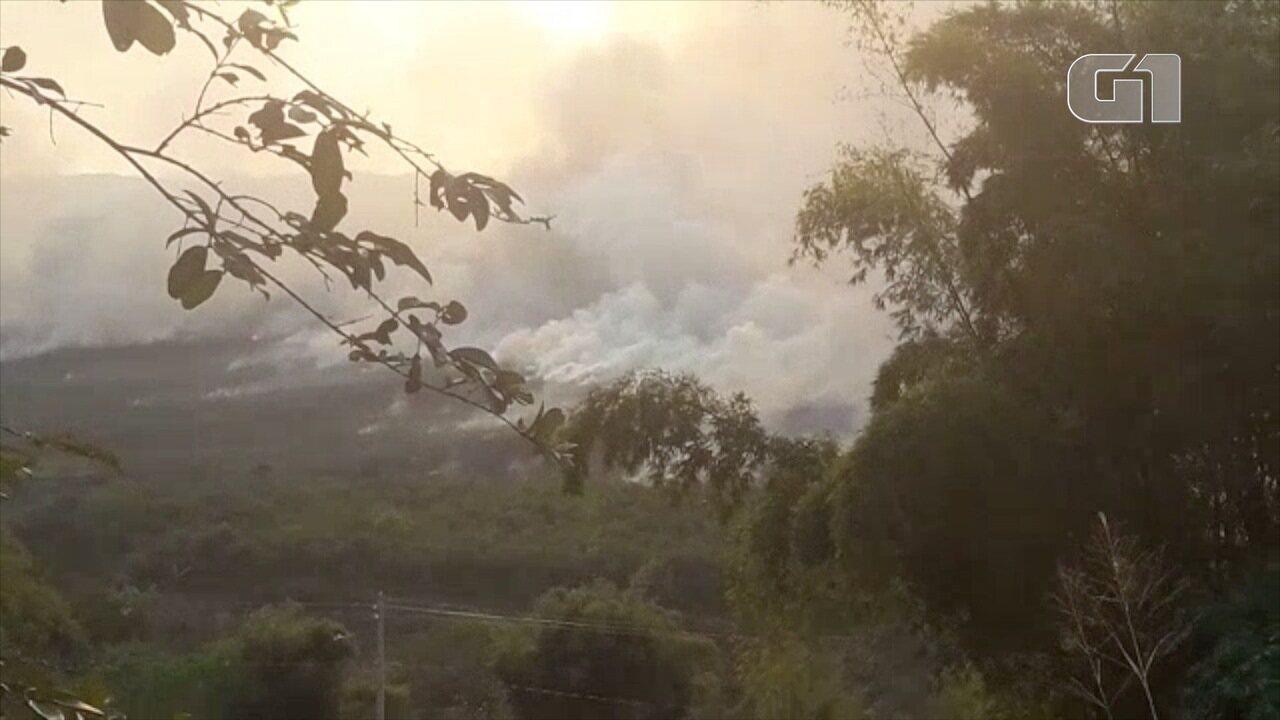 Incêndio atinge região do Banhado em São José