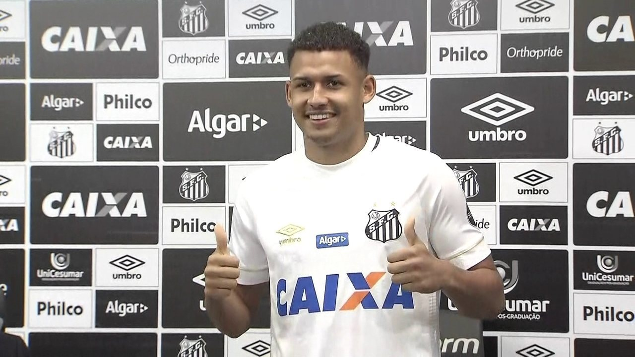 Santos apresenta Felippe Cardoso, que diz: