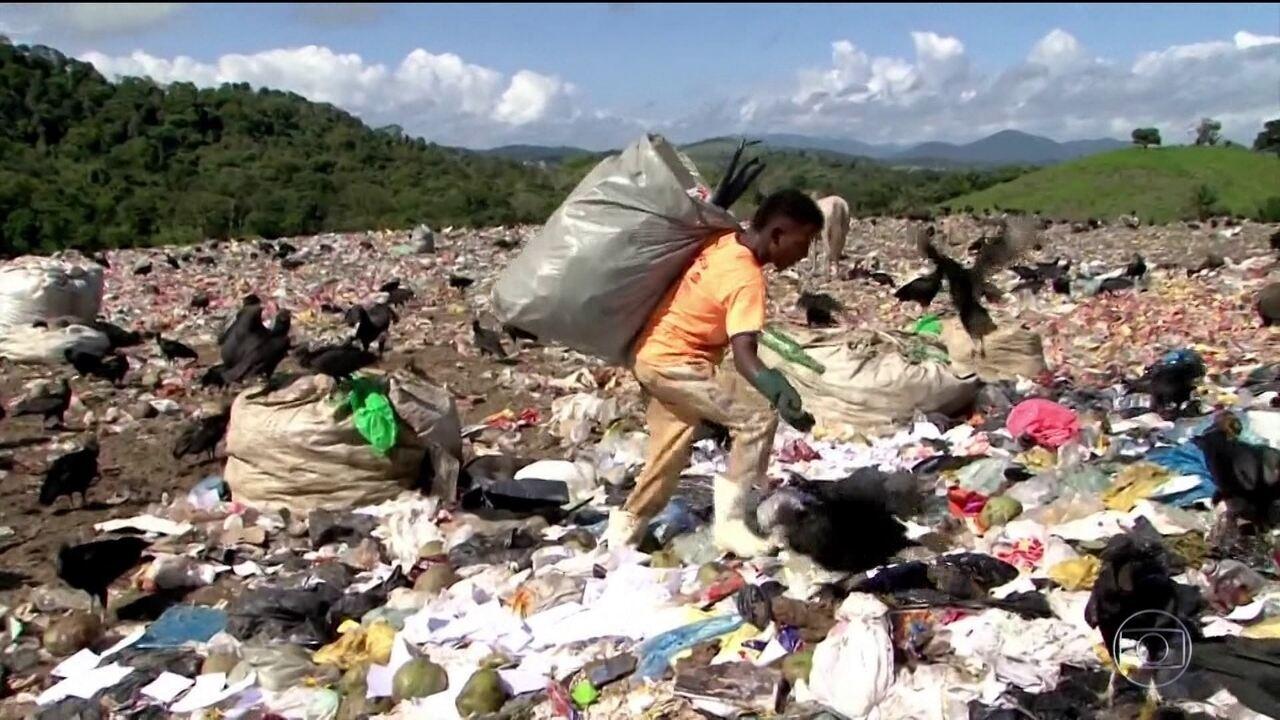Despejo irregular de lixo aumenta no Brasil
