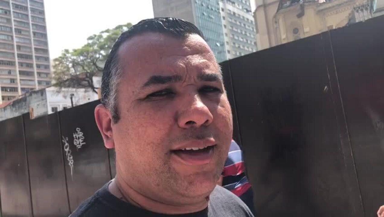 Jeferson Svarcas, 36, dono de restaurante no Largo do Paissandu: aprova a pintura do Edifício Caracu