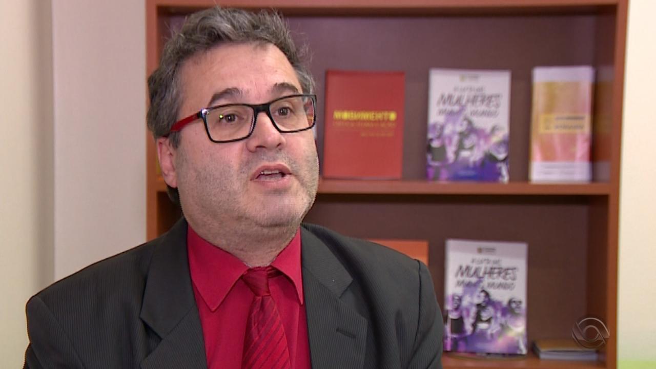 Roberto Robaina, candidato ao governo do RS, é entrevistado no Jornal do Almoço
