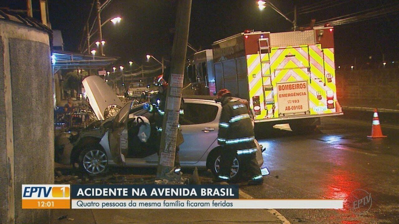 Colisão entre carro e caminhonete deixa quatro feridos em Ribeirão Preto