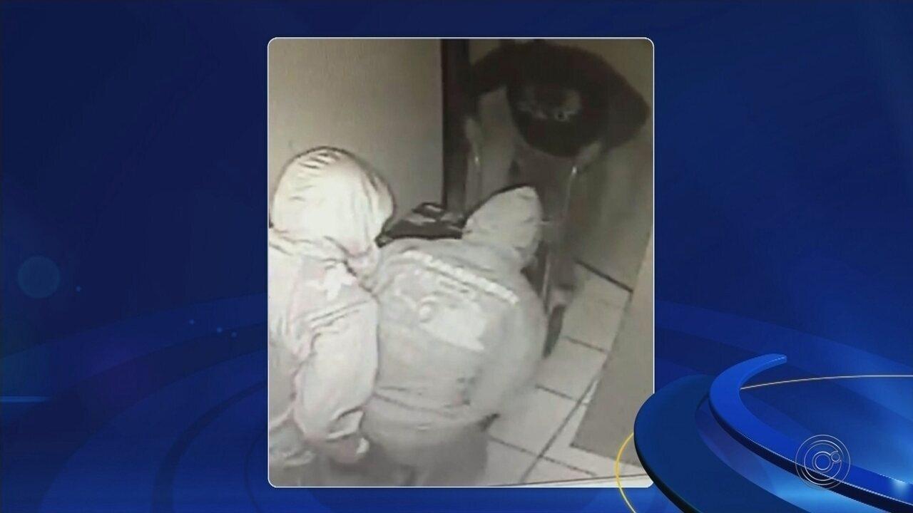 Polícia procura quadrilha que furtou cofre de agência dos Correios em Guaimbê
