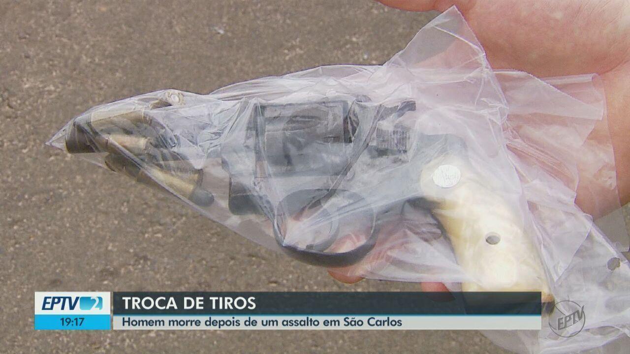Suspeito morre em troca de tiros com policiais após assalto em São Carlos