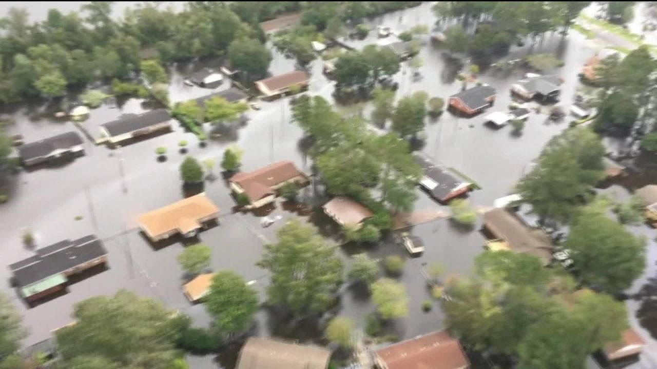 Sobe para 11 o número de mortes causadas pela passagem da tempestade Florence nos EUA