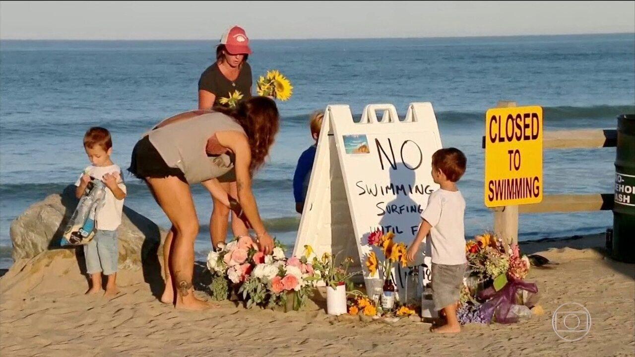 Dezenas de pessoas prestam homenagem a brasileiro morto em ataque de tubarão nos EUA