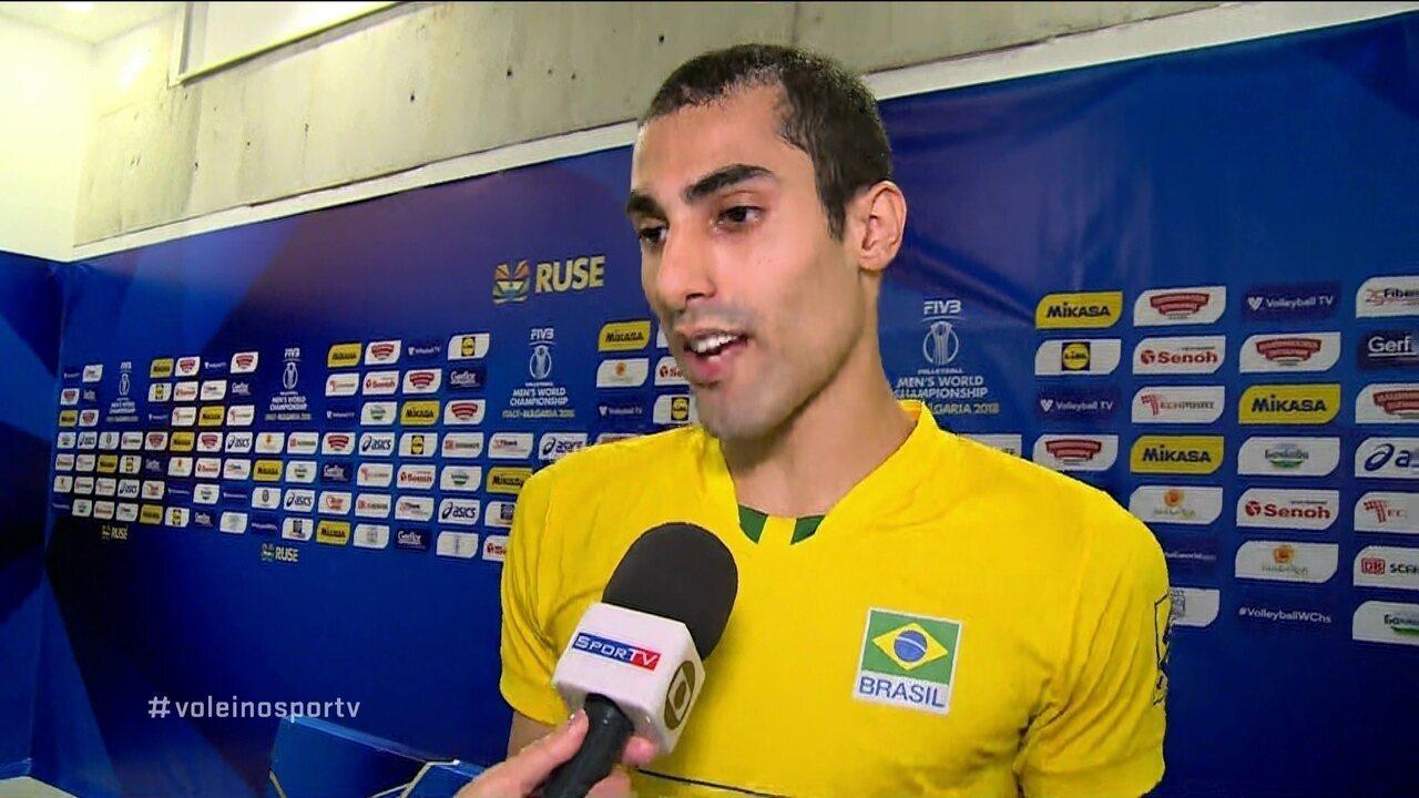 Douglas Souza dedica vitória a jogador brasileiro que morreu na Espanha